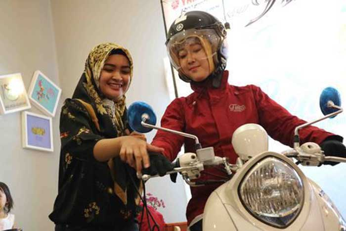 Cara Benar Bermotor Menggunakan Hijab