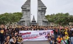 Rayakan Hari Pahlawan, Komunitas Honda BeAT Turing ke Makam Soekarno