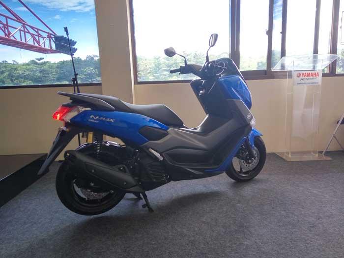 Foto-foto Fitur Yamaha NMAX 2018, Premium Seat Dengan Detil Jahitan Asli