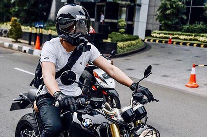 Pakai Action Cam, Ariel Noah Kedapatan Naik Moge BMW R Nine T