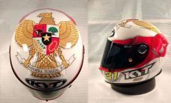Ini dia Helm Gerry Salim untuk Kejuaran CEV Moto3 Racing, Indonesia banget...