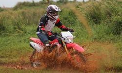 Lima Komponen Penting yang Harus dicek Sebelum Melakukan Trabas Hutan dengan Sepeda Motor