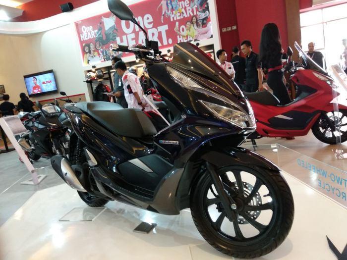 All New Honda PCX 150 Hybrid Nongol di IIMS 2018