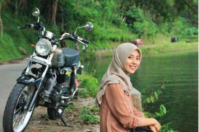 Tips Berkendara Untuk Lady Bikers Berhijab