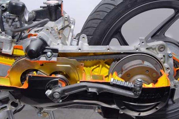 Ini Bedanya Sistem Pelumasan Motor Matic dan Motor Manual