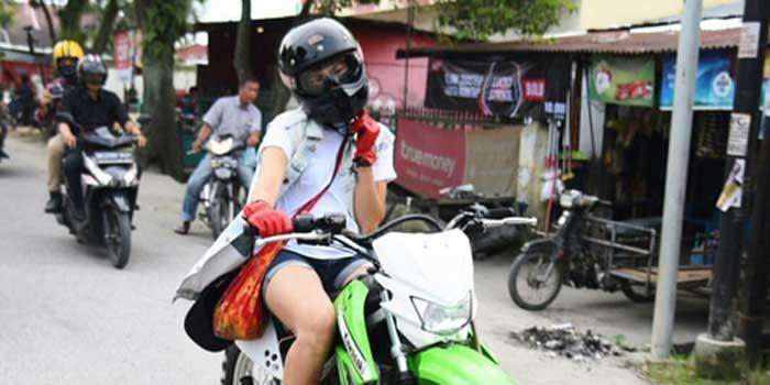 Nge-fans Pada Satria Baja Hitam, Alasan Poppy Sovia Pakai Motor Ini