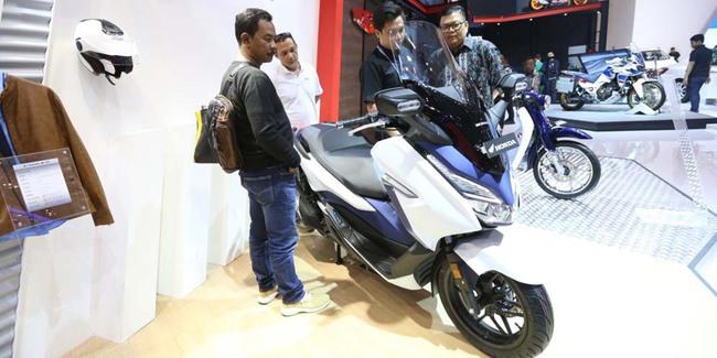 Resmi Dijual di Indonesia Harga Honda Forza Rp76,5 Juta