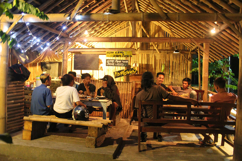 Cari Tempat Kongkow di Yogya ? Mampir Saja ke Kedai Koboy Kabel