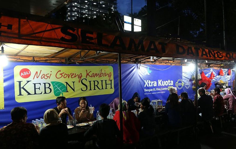 Suka Makan Daging Kambing, Cobain Nasi Goreng Kambing Kebon Sirih