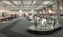 Melihat Berbagai Jenis Motor Honda di Honda Collection