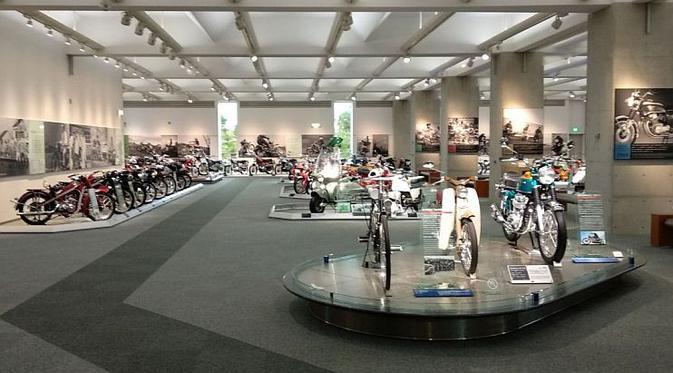 Melihat Berbagai Jenis Motor Honda di Honda Collection Hall Jepang