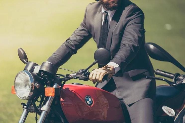 Aksesori penunjang Gaya Hidup Bikers
