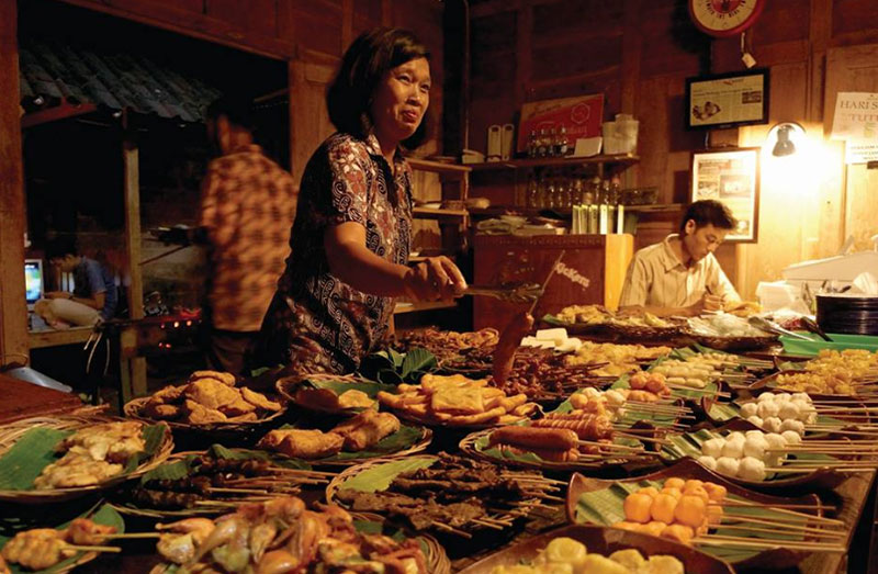Touring ke Solo Jangan Lupa Nikmati Makanan Khas Solo Yang Sangat Lezat dan Menggoda