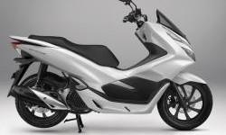Honda PCX150 Punya Fitur Yang Tidak Ada Pada Yamaha Nmax