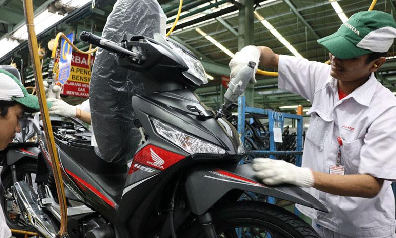 Hadir Dengan Stripe Baru, Honda Supra X125 Makin Sporty
