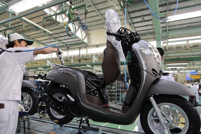 Tampilan Honda Scoopy 2019 Jadi Makin Retro Dengan Warna Baru