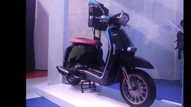 Lambretta V-Special Hadir Di Indonesia, Berapa Harganya ?