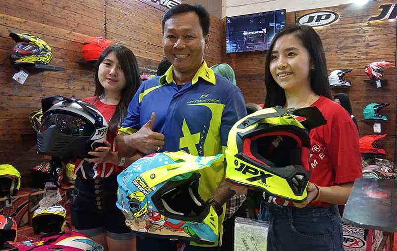 Penuhi Kebutuhan Gaya Hidup Bikers, JP Industries Luncurkan 3 Helm Baru