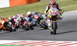 Meski Harus Berjuang Keras, Sam Lowes Tambah Poin di Moto2 Misano