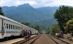 Rekomendasi Tempat Wisata Yang Bisa Dijangkau Dengan Kereta Api