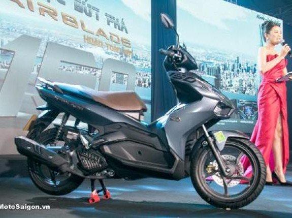 Honda Luncurkan Motor Terbaru Pesaing Yamaha Aerox 155 VVA