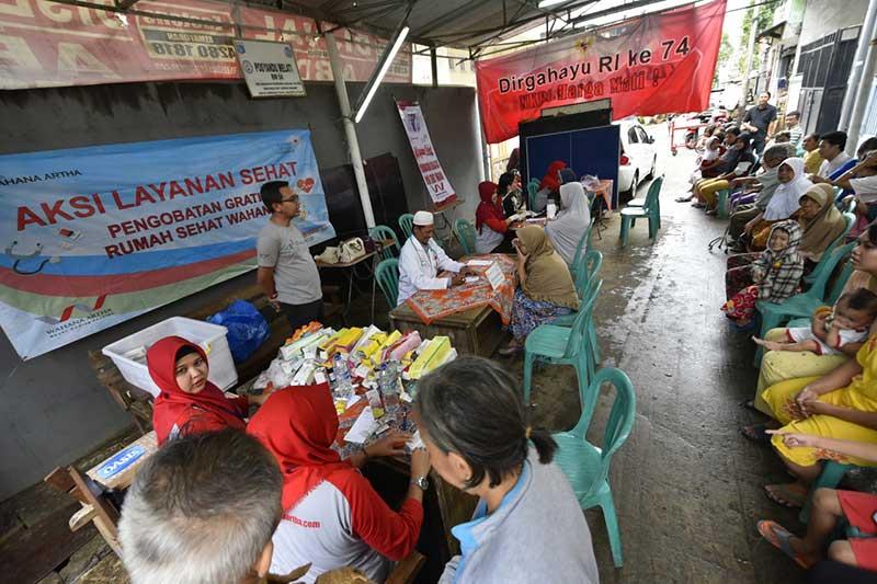 Yayasan Wahana Artha Ulurkan Tangan Bantu Korban Banjir dan Kebakaran