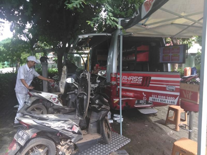 Peduli Korban Banjir, Wahana Honda Dirikan Posko Bengkel