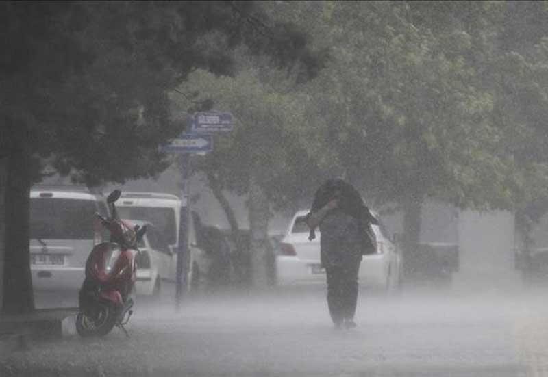 Hati-Hati Berkendara, Cuaca Ekstrim Sampai 12 Januari 2020