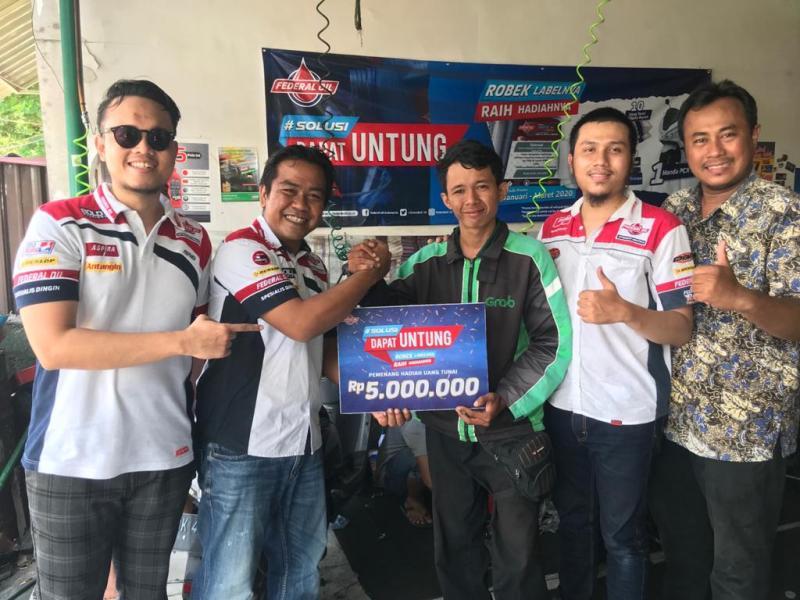 Khusus Warga Bali Dan Lombok, Ganti Oli Bisa Dapat Motor