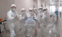 Darurat Corona, Forwot Donasikan APD Untuk Para Medis