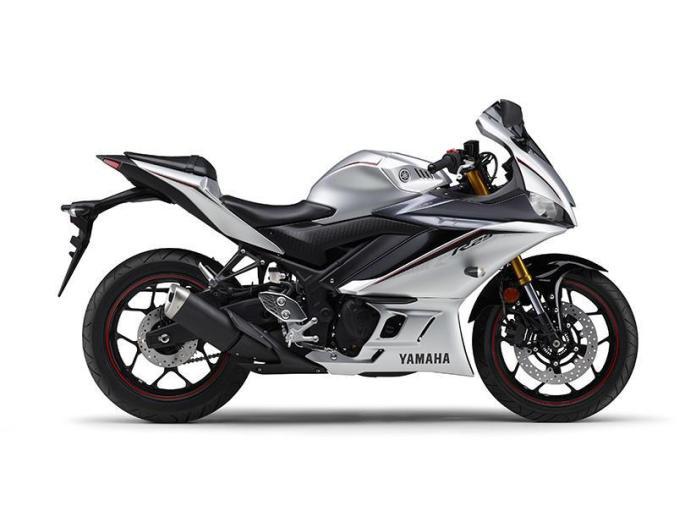 Punya Tiga Warna Baru, Yamaha R25 2020 Makin Keren