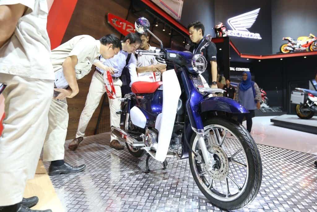 Minat Beli Honda Super Cub ? Berikut Simulasi Kreditnya