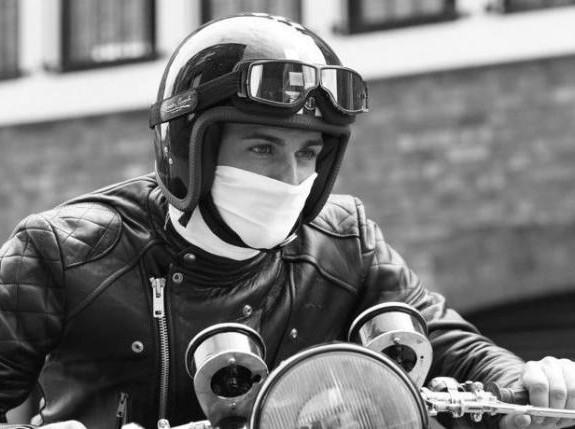 Perhatian Buat Bikers, Jangan Sembarangan Pakai Masker Saat Berkendara