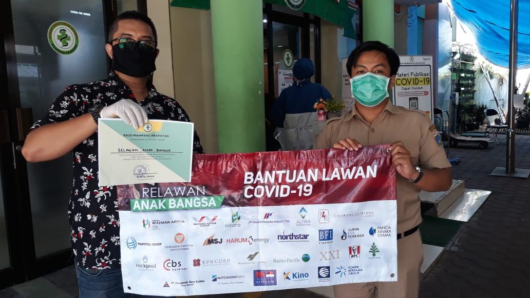 Relawan Anak Bangsa Beri Bantuan Ribuah APD
