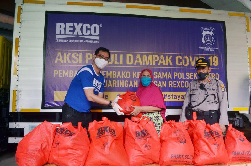 Rexco Bagikan 1000 paket Sembako Untuk Masyarkat Terdamoak Covid-19