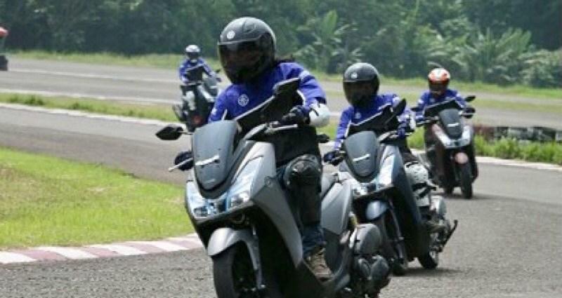 Yamaha Lexi Jadi Motor Best Skutik Yang Semakin Diminati