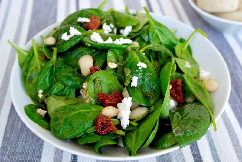 Makanan atau Sayur Yang Wajib Ada Saat Sahur Supaya Tidak Cepat Lapar