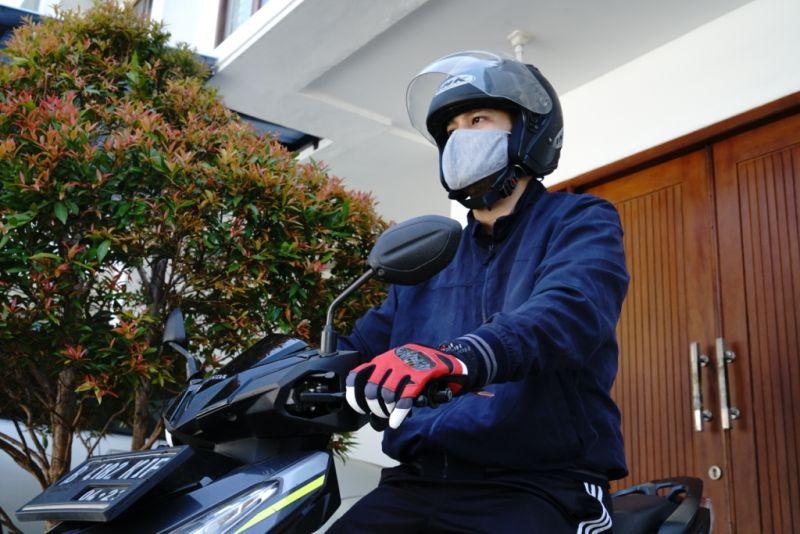 Tips Supaya Aman Naik Motor Saat New Normal