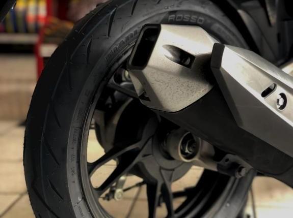Pirelli Hadirkan Ban Diablo Rosso Khusus Untuk Motor Matic