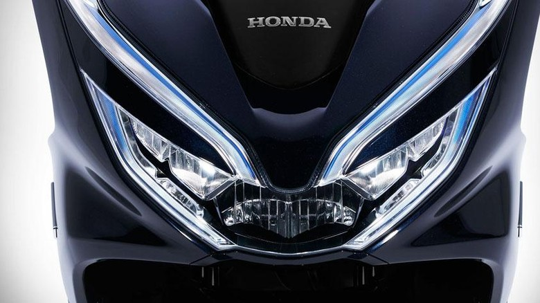 Bocoran Honda PCX Terbaru Buat Lawan Yamaha Nmax
