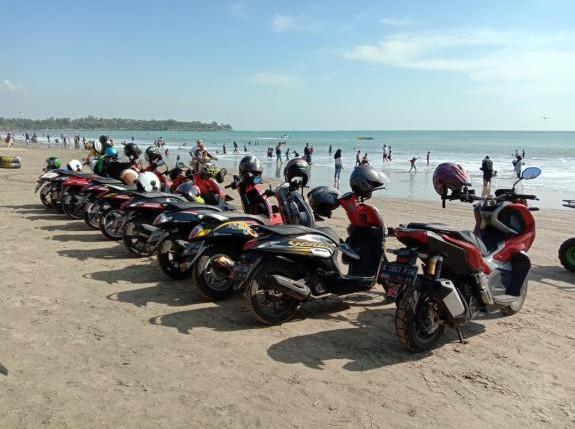 Serunya Komunitas Honda Genio Jakarta Turing ke Banten