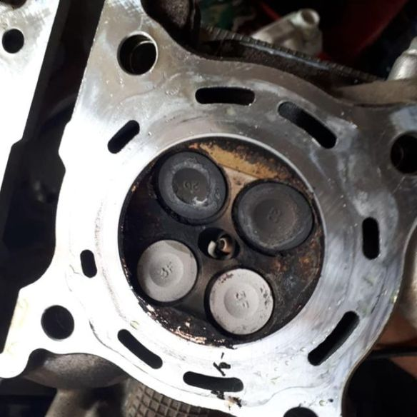 Efek Jika Mesin Motor Dibiarkan Berkerak  Selain Boros BBM Juga Bisa Merusak Mesin Motor