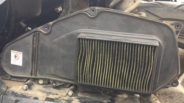 Efek Buruk Jika Saringan Udara Motor Kotor