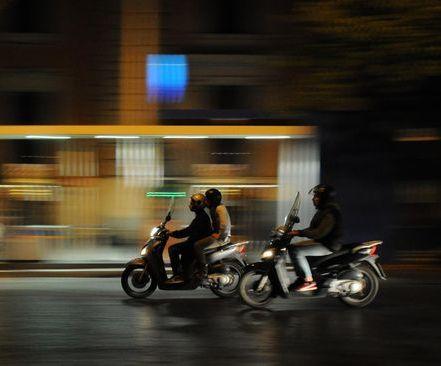 Tips Menghindari Begal Saat Berkendara Malam Hari