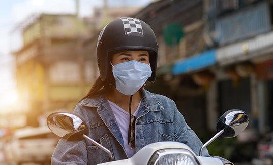 Tips Memakai Masker Saat Berkendara di Masa Pandemi