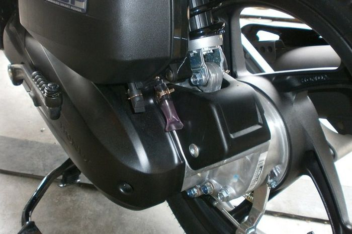 Sudah Mulai Musim Hujan Jangan Lupa Selalu Buang Air di Dalam CVT Motor Matic