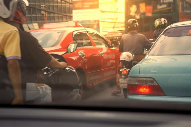 Sebelum Kamu Menyalip Kendaraan Lain Perhatikan Dulu Hal Berikut Ini