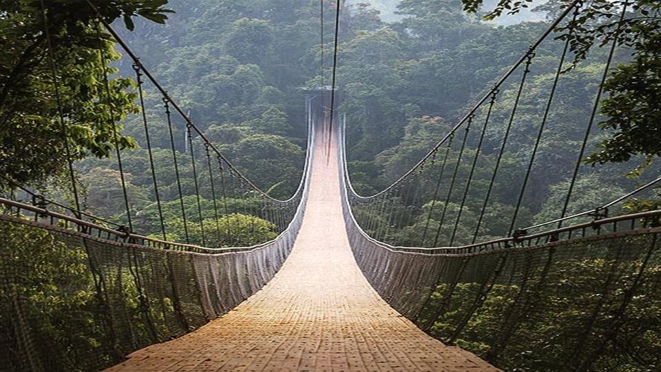 Bikers Piknik, Uji Andrenalin Kamu di  Jembatan Gantung Situ Gunung Sukabumi