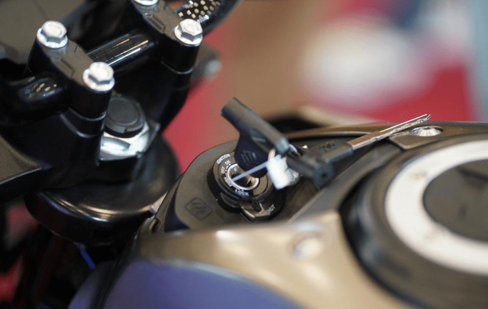 Lubang Kunci Kontak Sepeda Motor Juga Perlu Perawatan