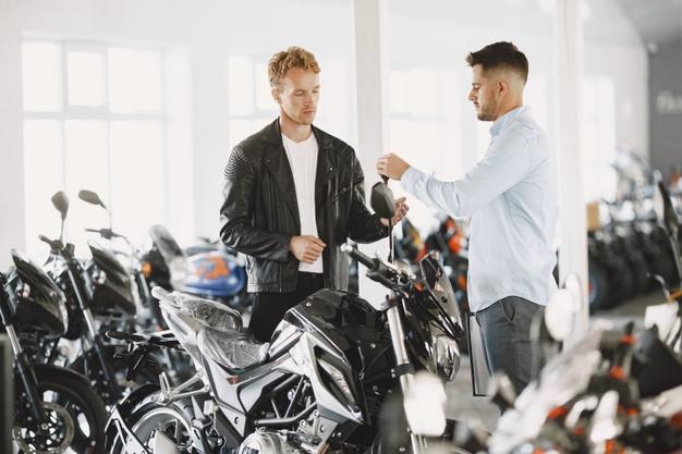 Momen Yang Tepat Untuk  Membeli Motor Baru